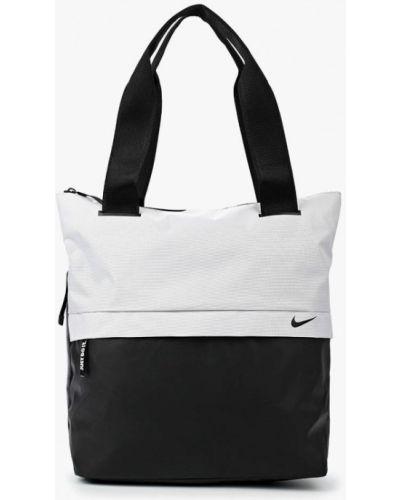 Белая спортивная сумка Nike