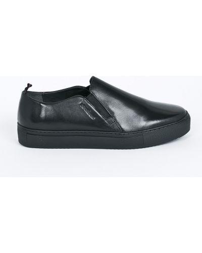 Черные туфли Strellson