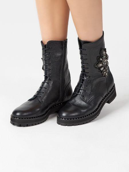 Кожаные ботинки - черные Pertini