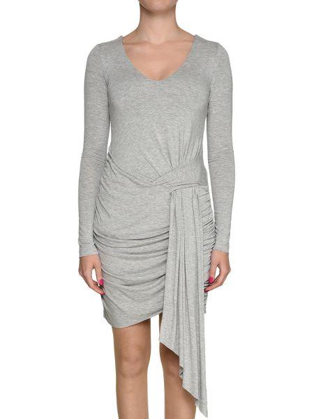 Серое платье Kendall + Kylie