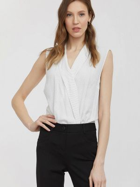 Белая блузка без рукавов Charuel