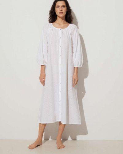Пляжное белое платье Oysho