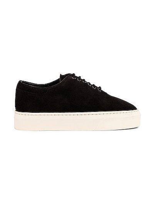 Черные кроссовки классические The Row