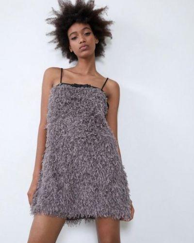 Платье мини с перьями - серое Zara
