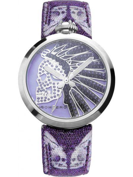 С ремешком синие кварцевые часы с черепами Bomberg