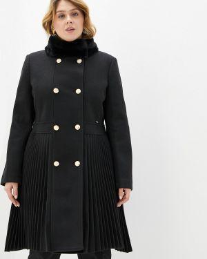Черное пальто с капюшоном Kitana By Rinascimento
