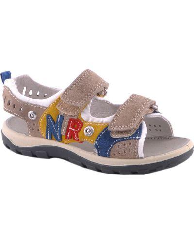 Серые сандалии Naturino