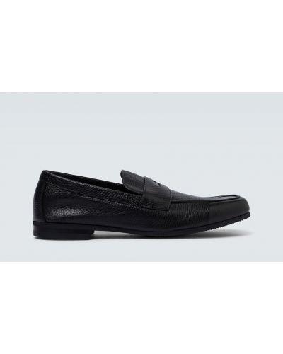 Klasyczne czarne loafers skorzane John Lobb