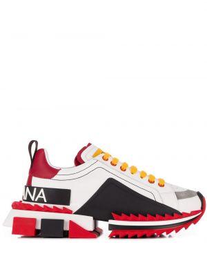 Спортивные белые кожаные кроссовки с нашивками на шнуровке Dolce & Gabbana