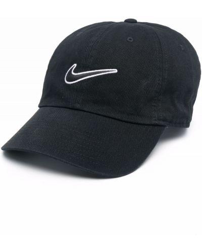 Черная бейсбольная бейсболка с вышивкой Nike