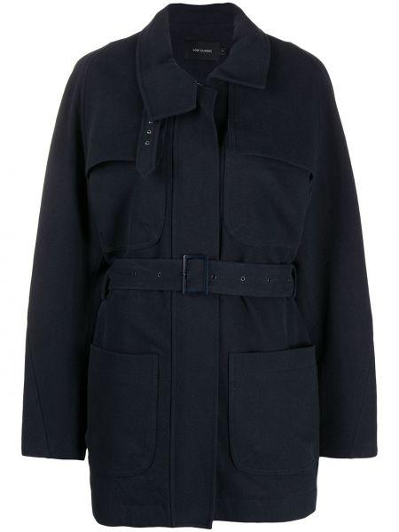 Приталенное синее пальто классическое с воротником Low Classic