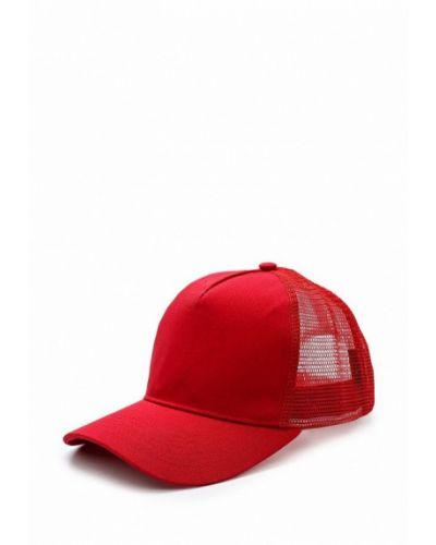 Красная бейсболка True Spin