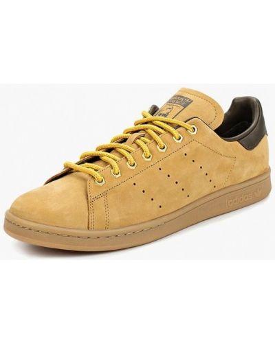 Бежевые низкие кеды Adidas Originals