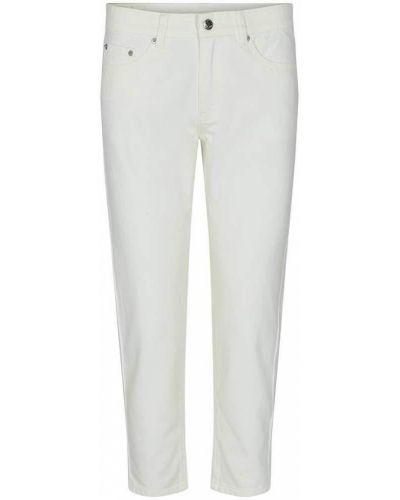 Mom jeans z paskiem - białe Sofie Schnoor