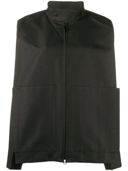Czarna długa kurtka z długimi rękawami 132 5. Issey Miyake
