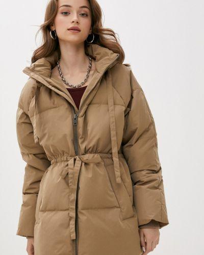 Бежевая куртка Mbym