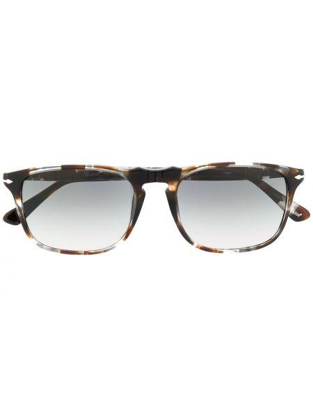 Солнцезащитные очки хаки прямоугольные Persol
