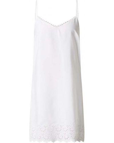 Biała koszula nocna z haftem rozkloszowana Cyberjammies