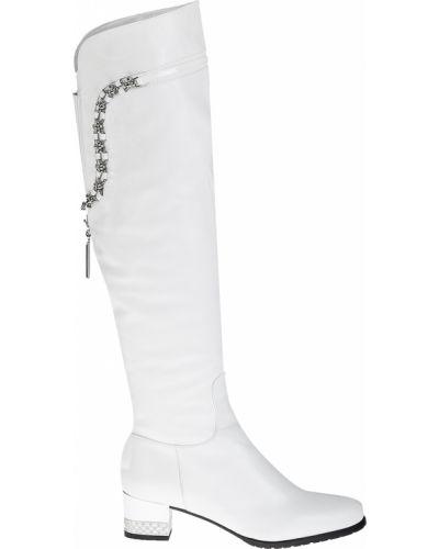 Белые кожаные ботфорты Accademia