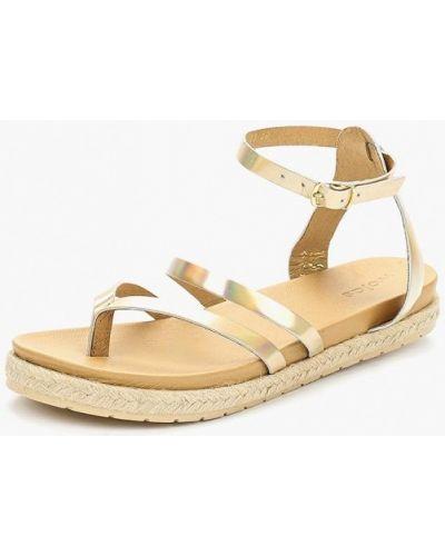 Кожаные сандалии золотого цвета Wojas