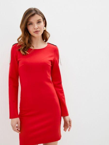 Платье прямое красный Trendyangel
