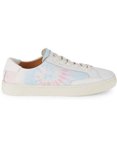 Białe sneakersy koronkowe Soludos