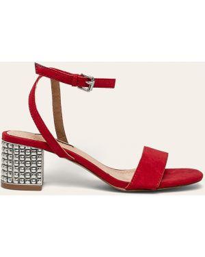 Czerwone sandały Corina