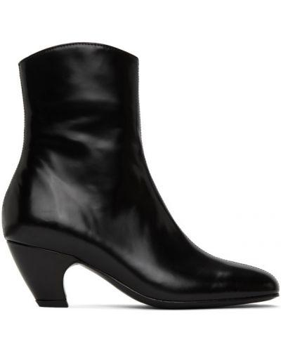 Черные сапоги без каблука на каблуке из натуральной кожи Dorateymur