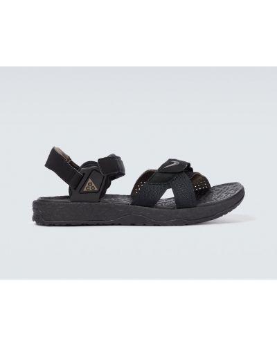 Текстильные черные с ремешком сандалии Nike