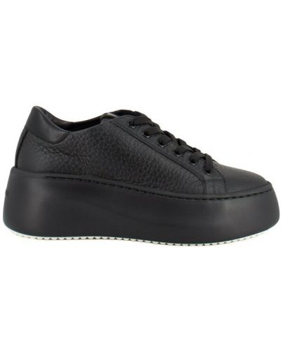 Czarne sneakersy na platformie Vic Matie