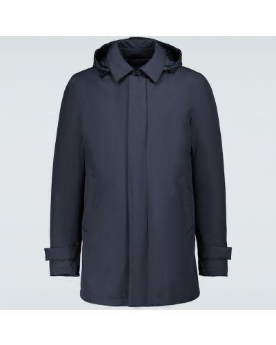 Światło niebieski płaszcz przeciwdeszczowy od płaszcza przeciwdeszczowego z piórami Herno