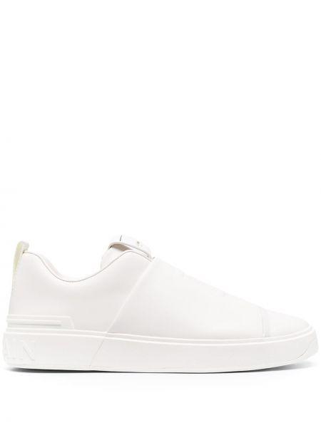 Biały sneakersy okrągły okrągły nos wytłoczony Balmain