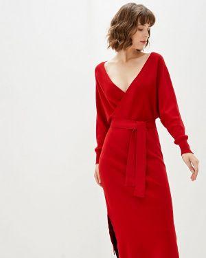 Платье прямое красный With&out