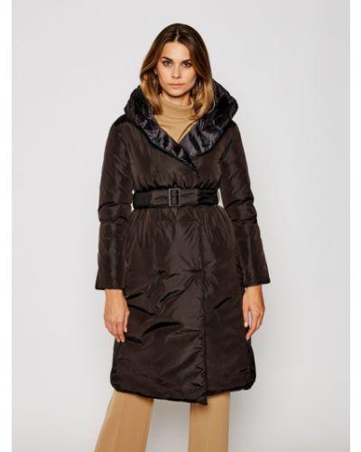 Czarny płaszcz zimowy Hetregò