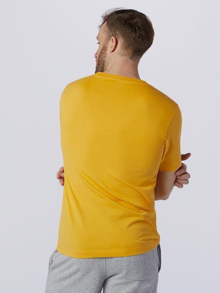 Хлопковая желтая футболка с вырезом New Balance