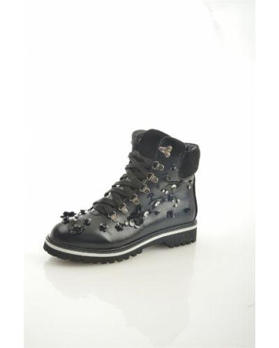 Кожаные ботинки черные кожаные Marco Bonne