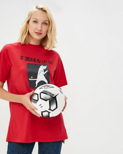 Красная футболка Befree