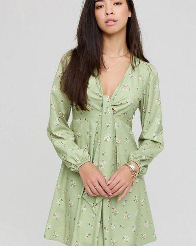 Зеленое зимнее платье Cardo