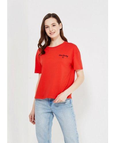 Красная футболка Only