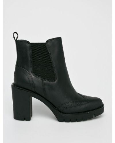 Ботинки на каблуке черные Tommy Hilfiger