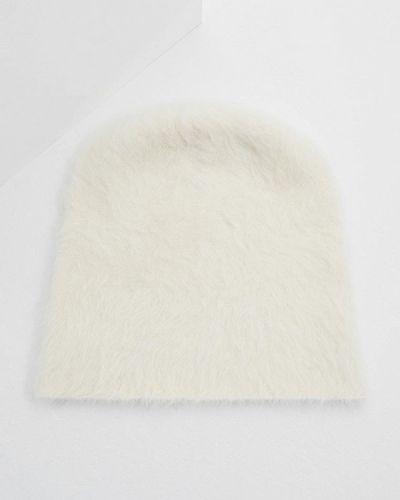 Белая шапка осенняя Coccinelle