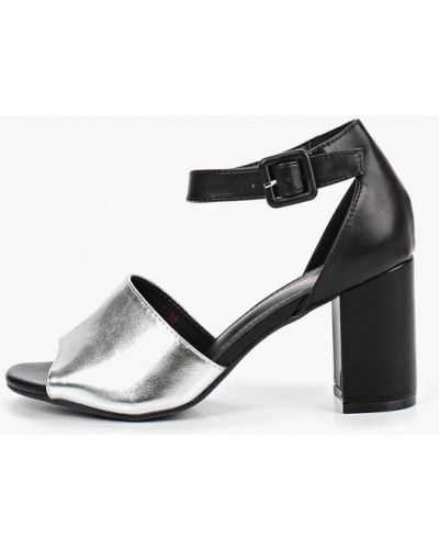 Босоножки на каблуке кожаные Vera Blum