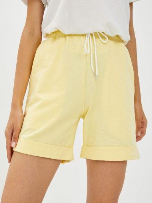 Желтые шорты летние D.s
