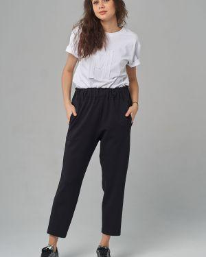 Зауженные свободные брюки с карманами свободного кроя Mari-line