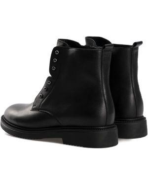 Кожаные сапоги на каблуке на каблуке Gem