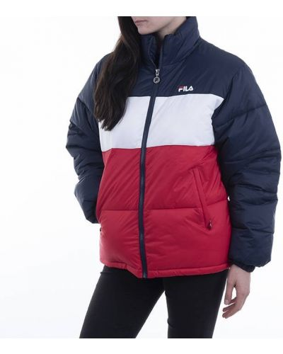 Красная куртка Fila