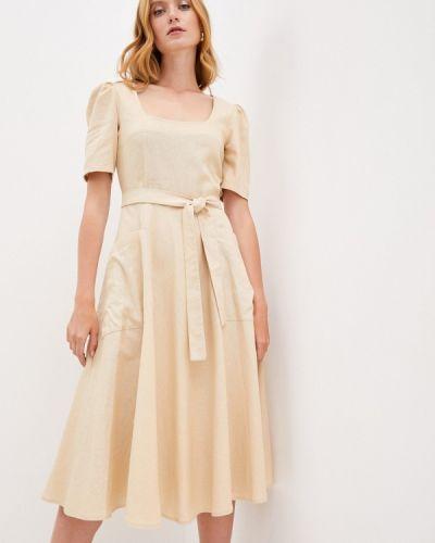 Прямое бежевое платье Lorani