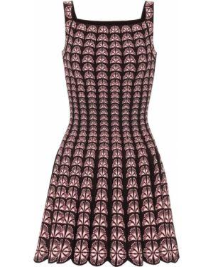 Розовое вязаное платье Alaïa