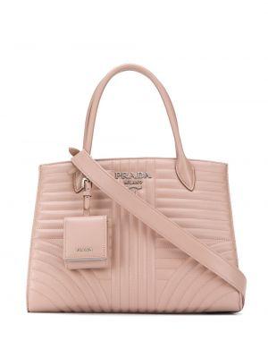 Różowa torba na ramię skórzana pikowana Prada