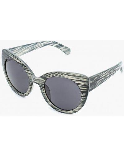 Серые солнцезащитные очки Piazza Italia